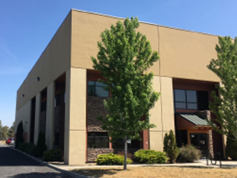 $2.7MM - Office building & WA residence