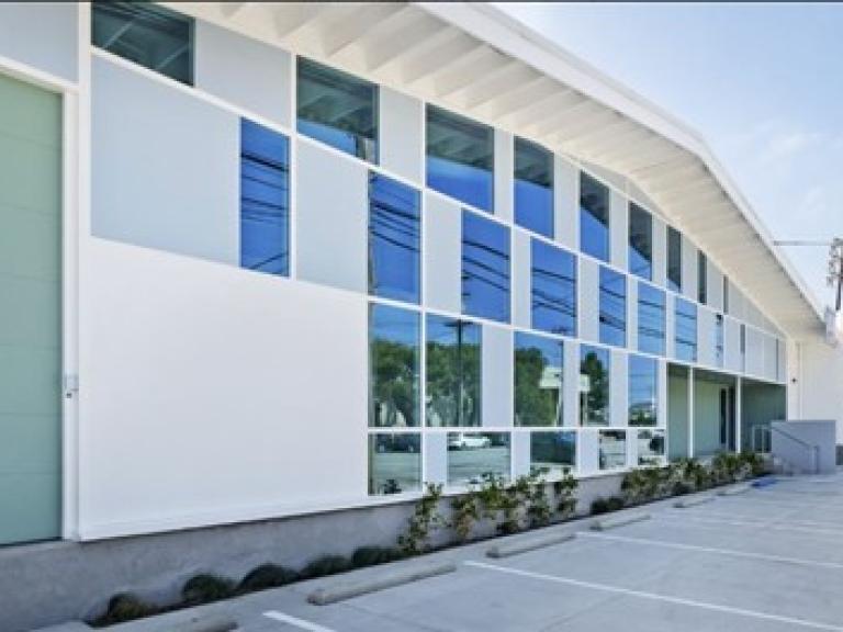 $4.325MM - Office building - Santa Monica, California
