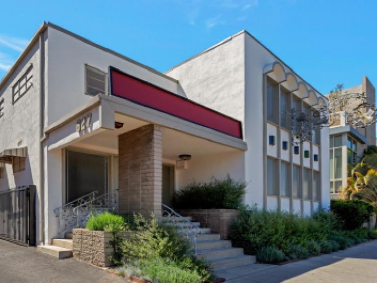 $2.6MM - Office building - Los Angeles, California