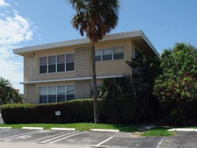 $5.1MM - Apartment buildings - Bay Harbor Islands, Florida